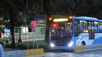Aksi Damai Usai, Bus TransJ Kembali Beroperasi di Jl Medan Merdeka Barat