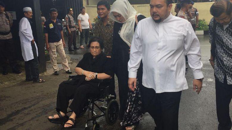 Polisi Periksa Rachmawati Soekarnoputri di Mako Brimob