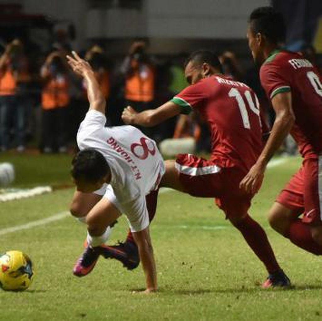Penalti Boaz Menangkan Indonesia Atas Vietnam