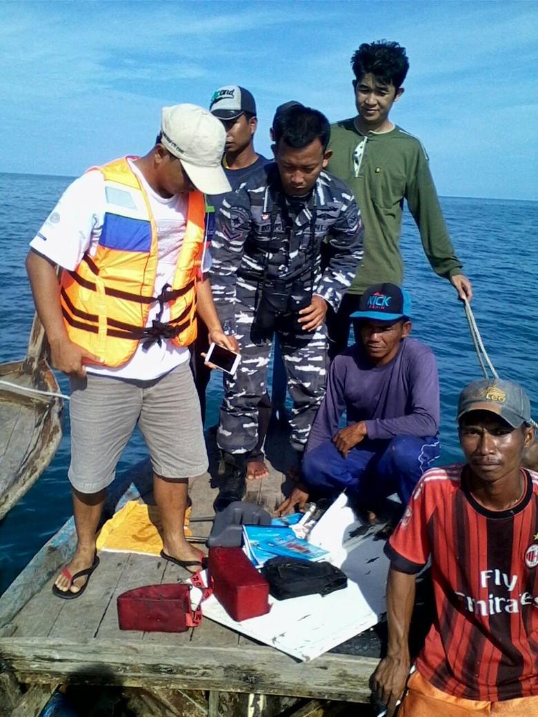 Kapal Perang dan Patroli TNI AL Bantu Pencarian Pesawat Polri yang Jatuh