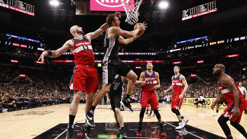 Spurs Menang Dramatis Atas Wizard, Cavs Kalah Lagi