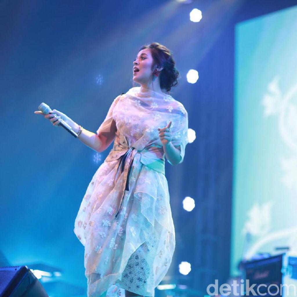 Raisa Sukses Bikin Galau di Economic Jazz 2016