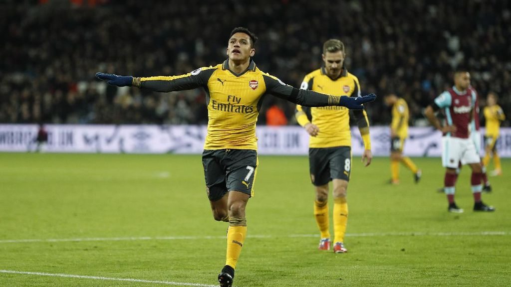 Alexis Sanchez Hat-trick, Arsenal Kandaskan West Ham 5-1
