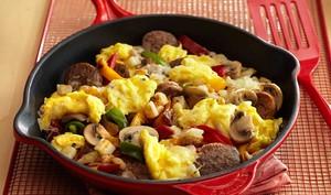 Ada Telur dan Sosis? Bikin Saja Menu Sarapan Praktis dan Enak Ini