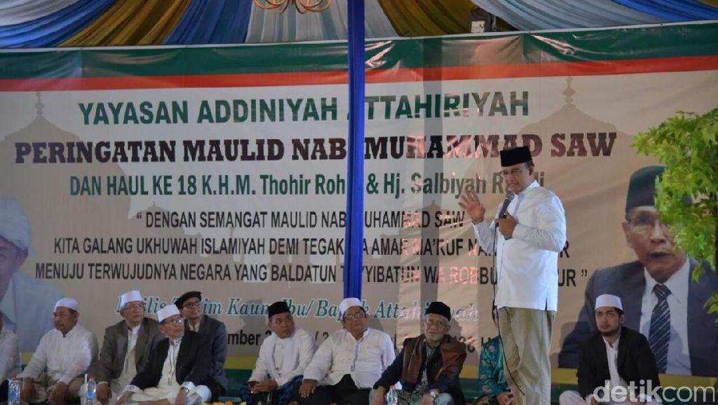 Anies Janji Perhatikan Kesejahteraan Ulama dan Marbot Masjid