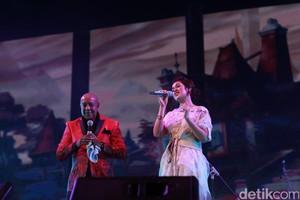 Duet Peabo Bryson dan Raisa Jadi Penutup Economic Jazz 2016