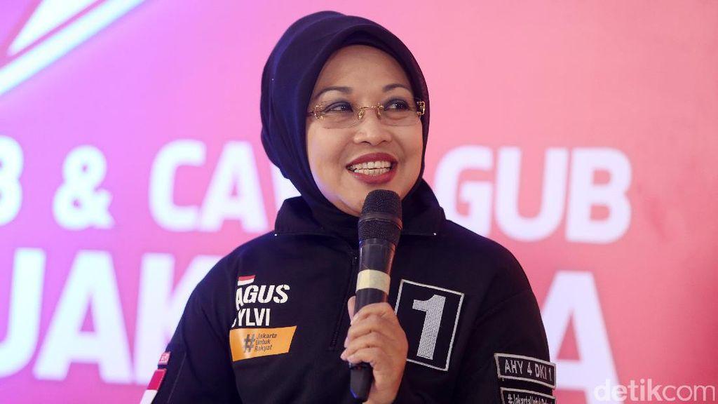 Sylviana Murni Penuhi Panggilan Bareskrim soal Dana Bansos
