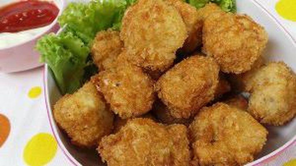 Punya Stok Dada Ayam di Rumah? Olah Saja Jadi 5 Makanan Enak untuk Si Kecil!