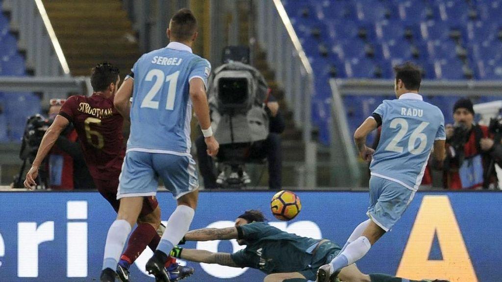 Lazio Kalah karena Kesalahan Sendiri
