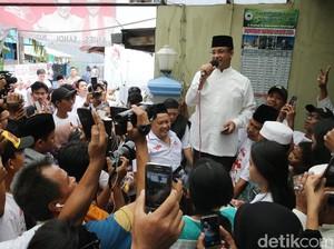 Anies Ingin Jadikan PKL di Kota Tua Bagian dari Destinasi Wisata