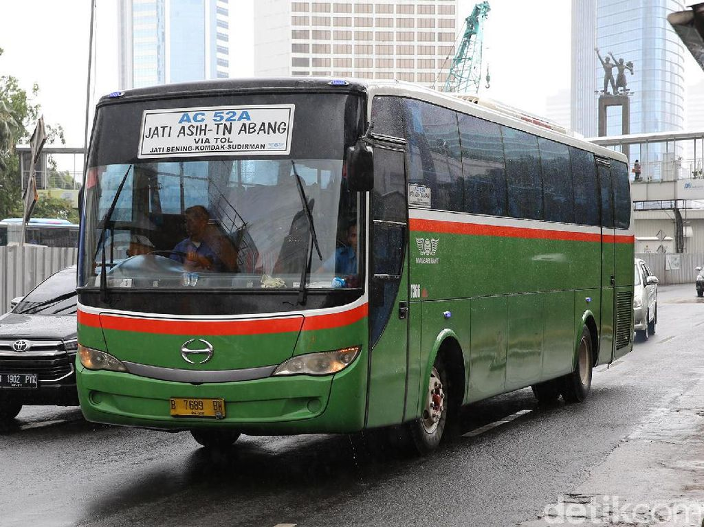 Bagaimana Nasib Bus Kota Saat MRT dan LRT Beroperasi?