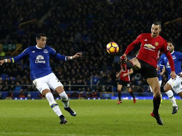 Everton vs MU Berakhir Imbang