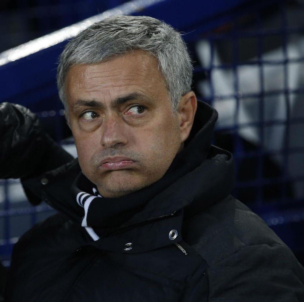 Statistik Tak Oke Mourinho Setelah MU Main Seri Lagi