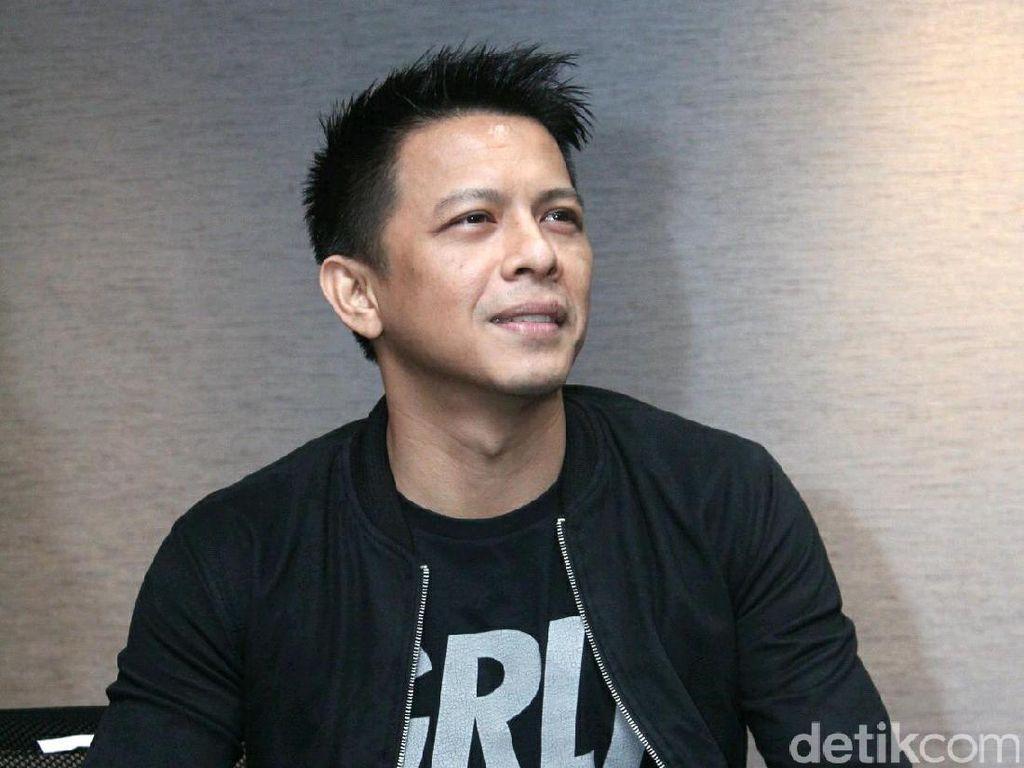 Lewat Ayu Dewi, Ariel NOAH Ungkap Kriteria Pasangan Idaman
