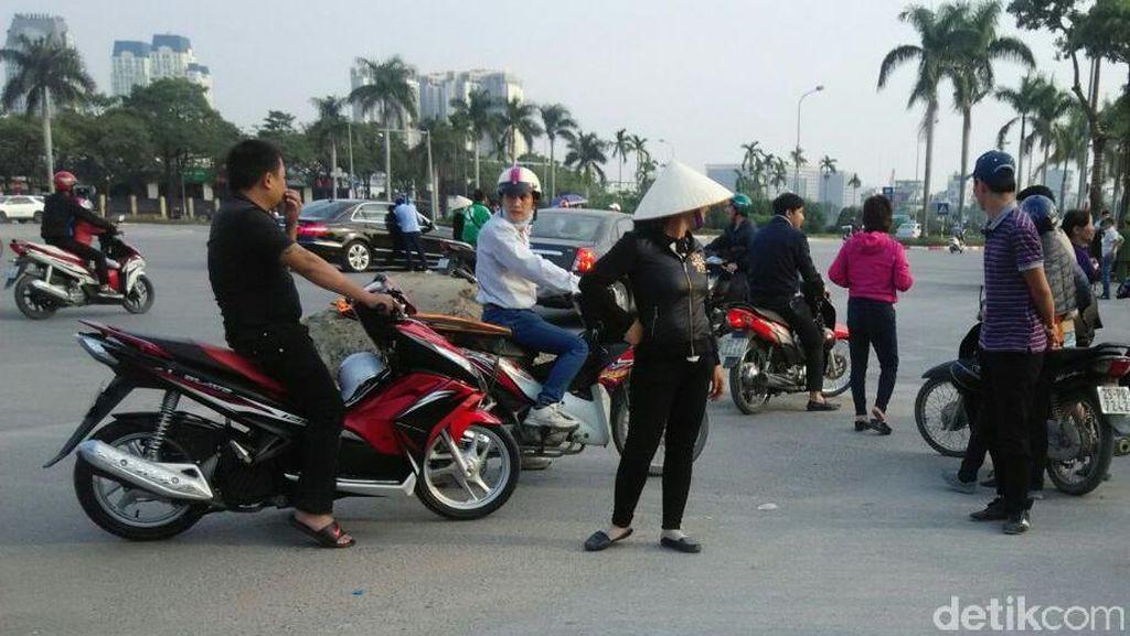 Calo Juga Beraksi di Stadion My Dinh