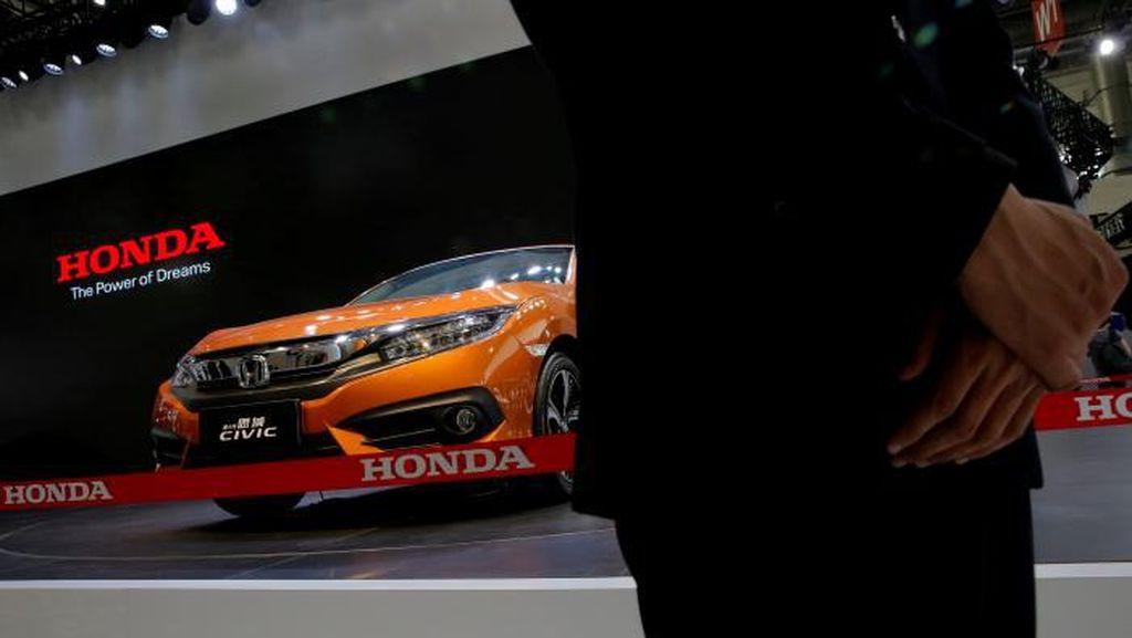Honda Kalahkan Toyota di China