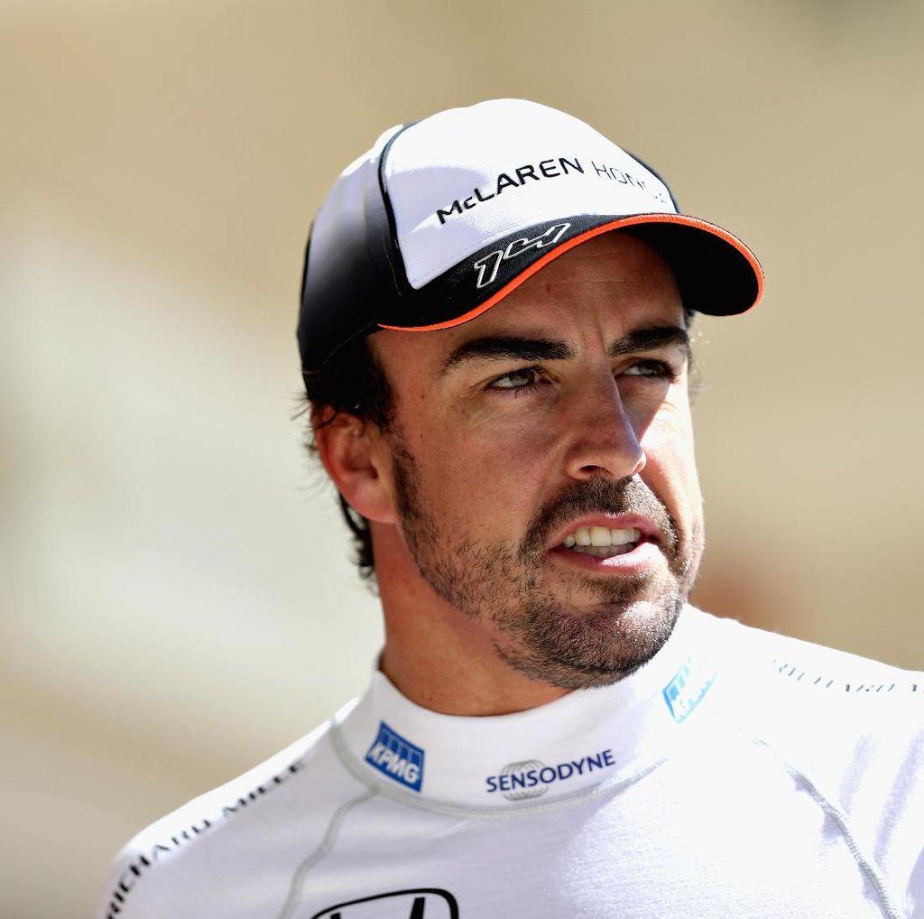 Mercedes Pertimbangkan Alonso sebagai Pengganti Rosberg