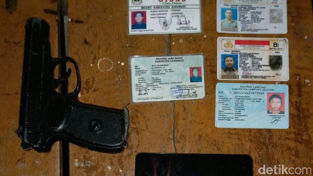 Kerap Beraksi di Karawang, Begal Berbekal Airsoft Gun Diringkus Polisi