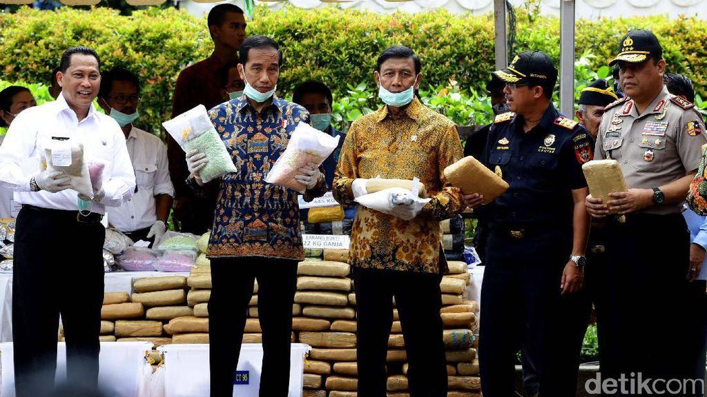 Jokowi Musnahkan Barang Bukti Narkoba