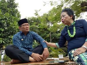 Bertamu ke Rumah Dinas Ridwan Kamil, Ceu Popong Nasihati Soal Pengendalian Emosi