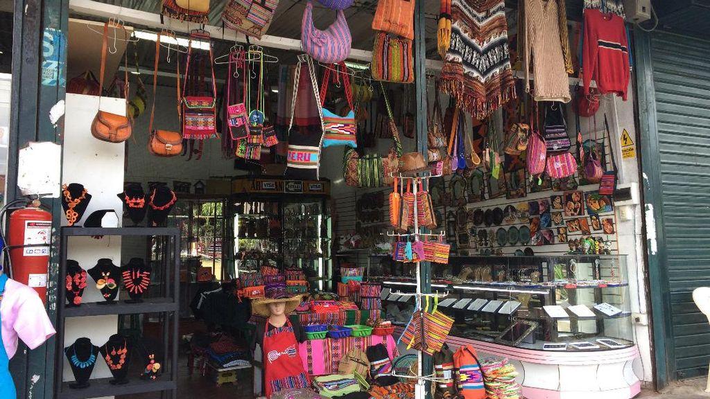 Turis Indonesia Pasti Senang Belanja di Inka Market, Peru