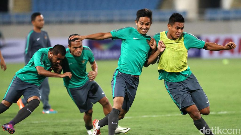 Timnas Indonesia Jajal My Dinh National Stadium