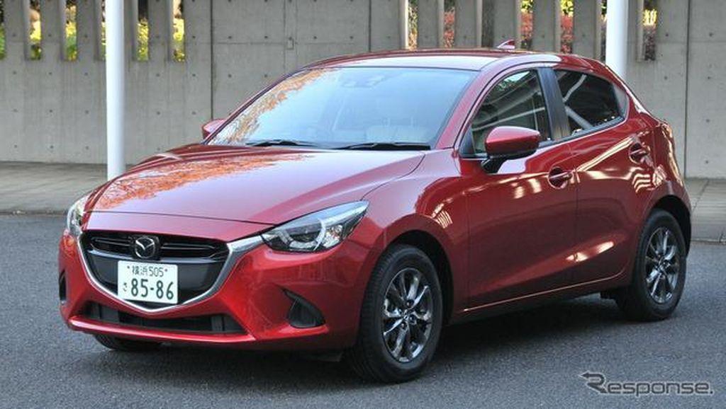Hatchback Andalan Mazda Kembali Bersolek