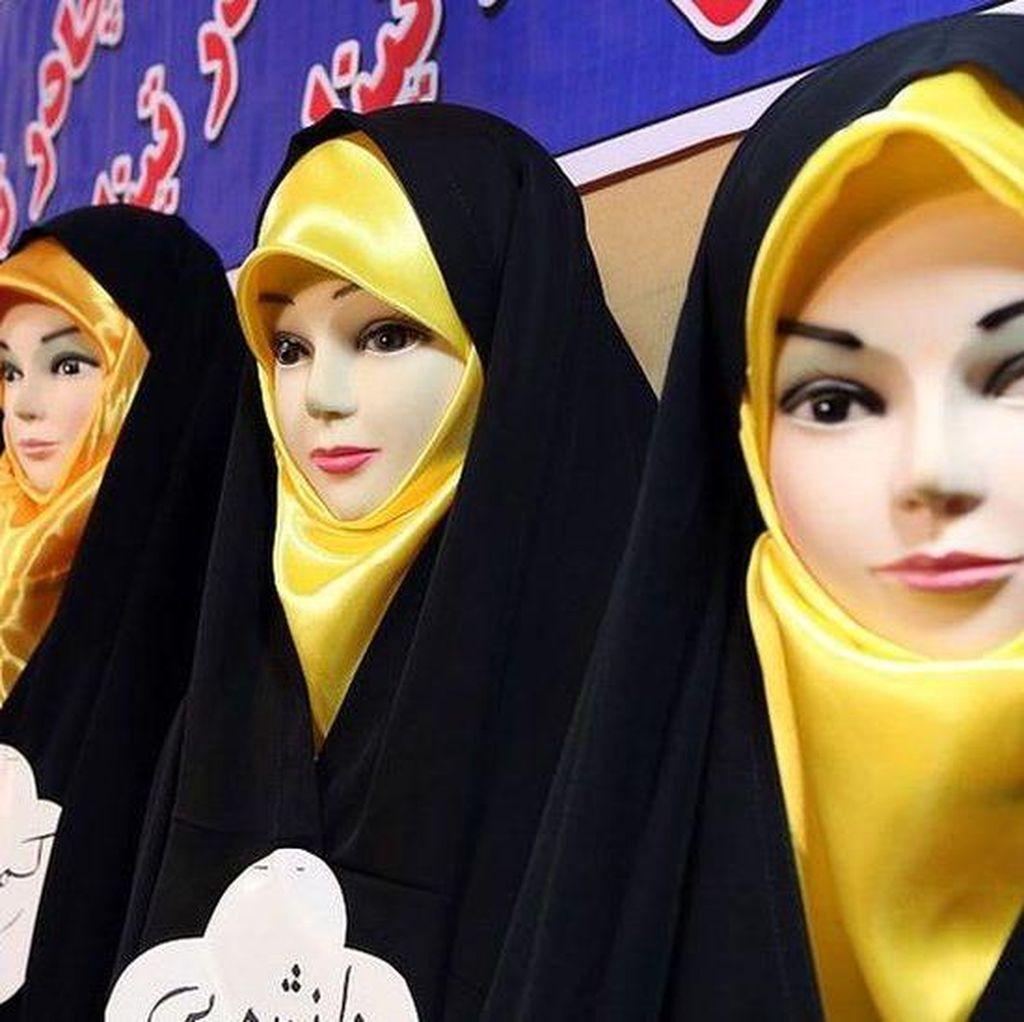Para Pekerja Fesyen Iran Dibui karena Dinilai Sebarkan Prostitusi