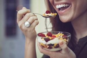 <i/>Smoothie Bowl</i> dan <i/>Hot Cereal</i> akan Jadi Primadona Sarapan Tahun Depan