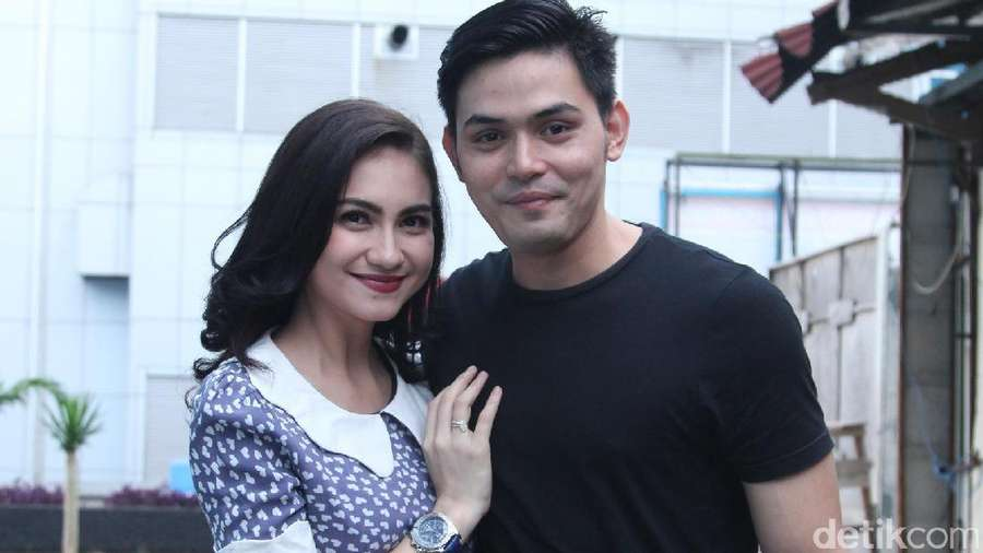 Cerita Cinta Alessia Cestaro dan Ahmad Affandy