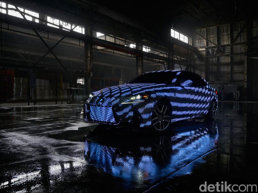 Lexus IS Berbalut 41.999 LED