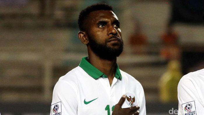 Yanto Basna membuat blunder saat menghadapi Malaysia di Stadion Bukit Jalil, Kuala Lumpur. (Foto: Rachman Haryanto/detikSport)