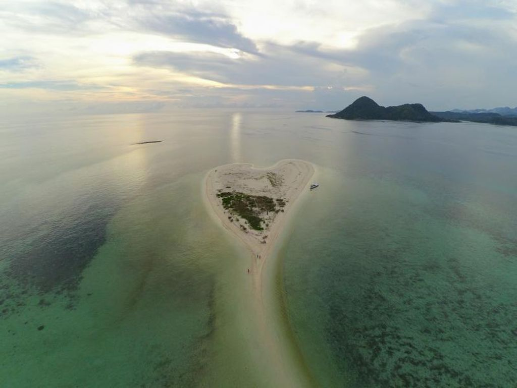 Pasti Kamu Belum Tahu, Pulau Berbentuk Hati di Jawa Timur