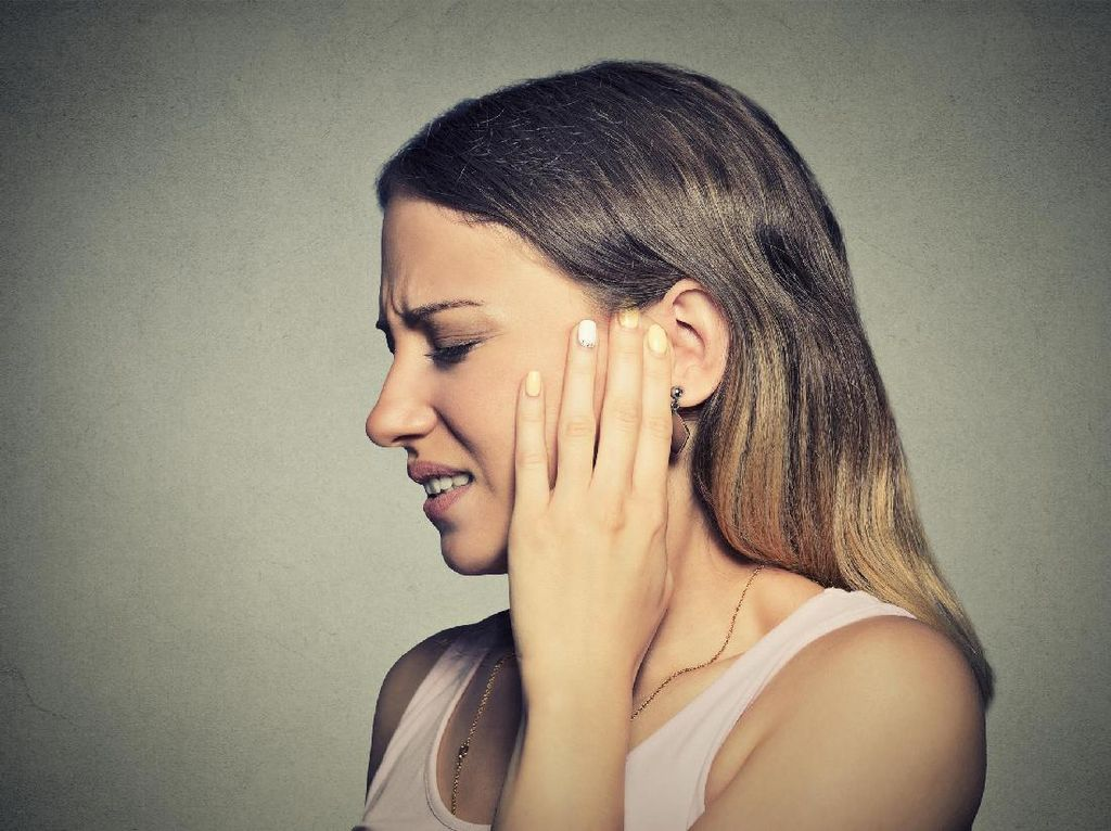 Catat! Ini Faktor-faktor Penyebab Telinga Berdenging