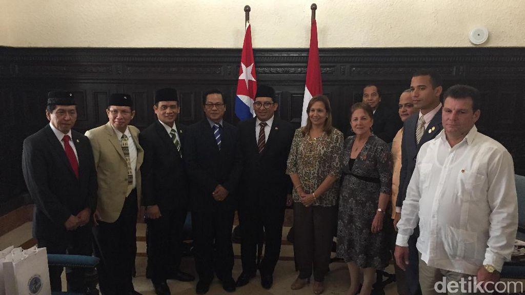 Anggota Parlemen Kuba yang Tak Istimewa: Gaji hanya Rp 300 Ribu