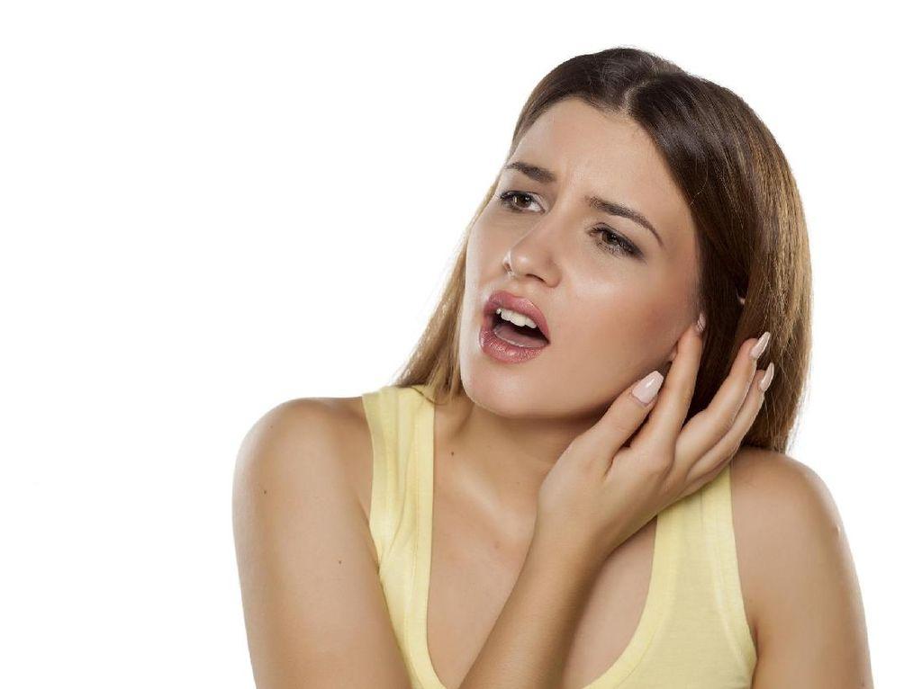 Setelah Oplas Hidung, Wanita Ini Kaget Sebagian Telinganya Copot