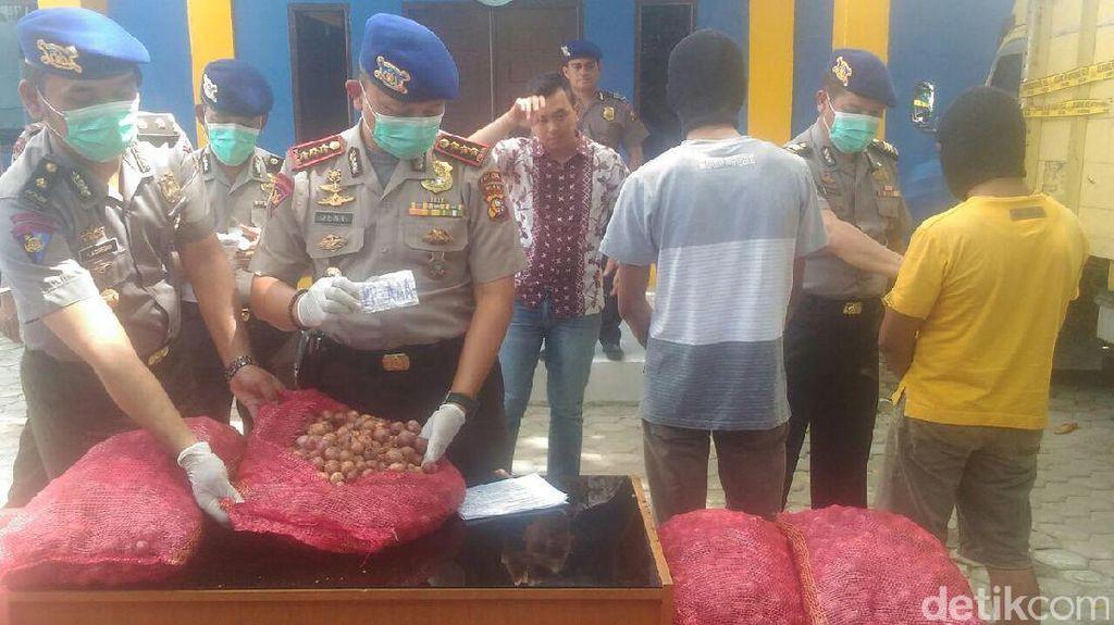 Polair Polda Riau Gagalkan Penyelundupan 15 Ton Bawang Merah dari India