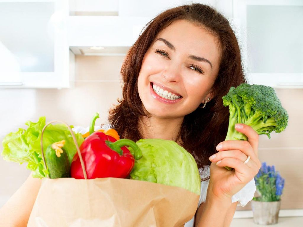 Tetap Awet Muda Jelang Lebaran dengan 8 Makanan Sehat Berikut