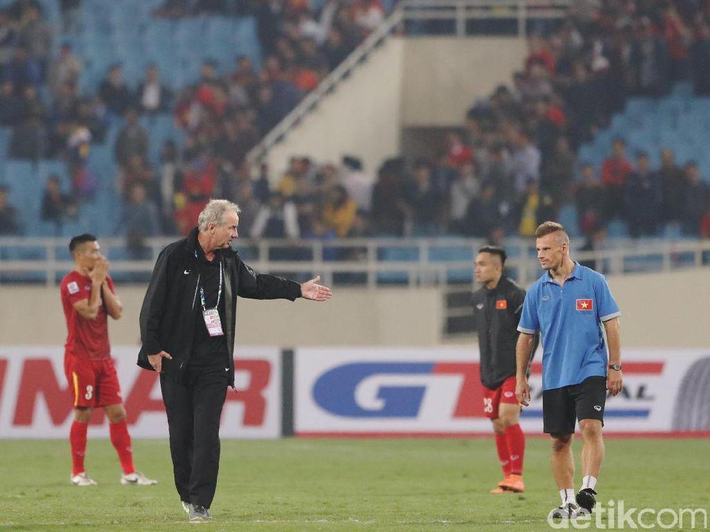 Sepakbola Vietnam Juga Terpukul dengan Meninggalnya Alfred Riedl