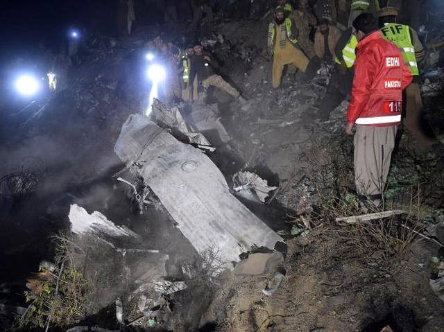 Pesawat Jatuh di Pakistan, 47 Orang Tewas