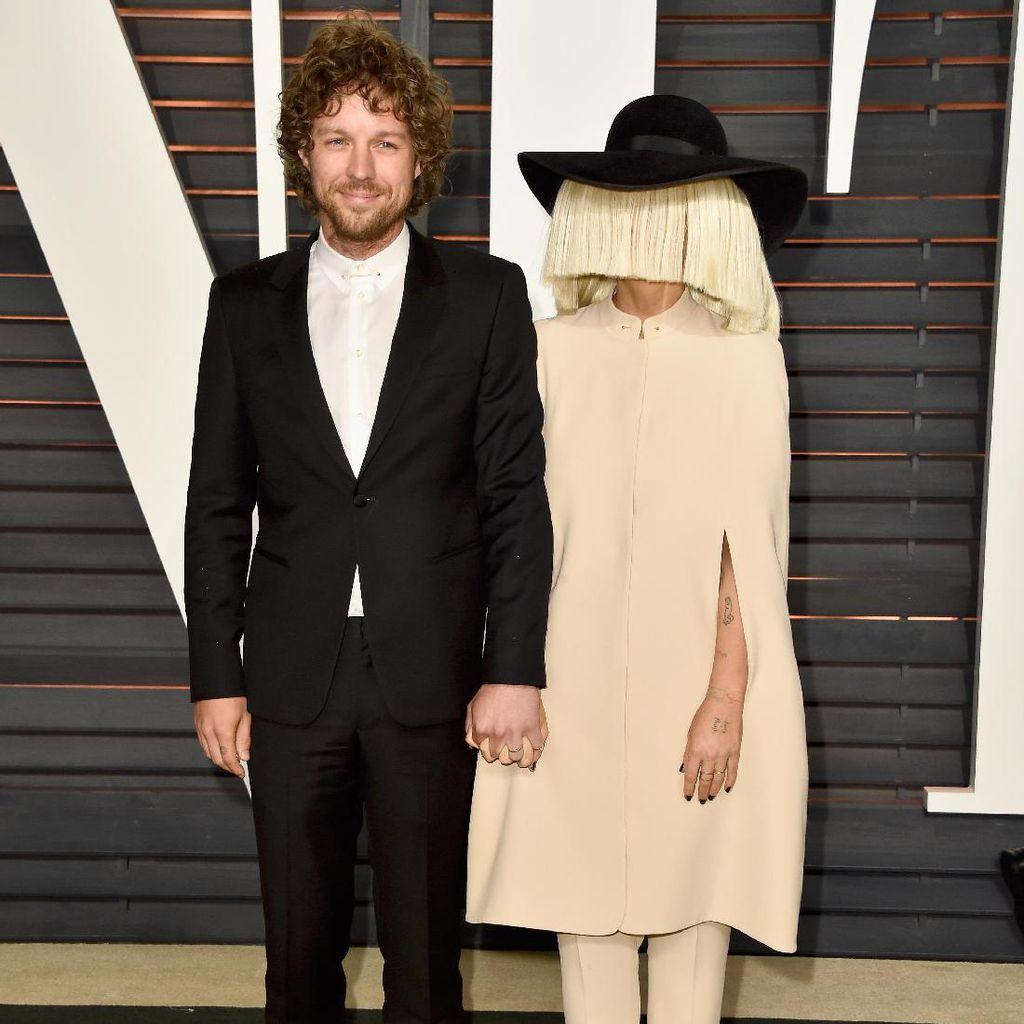 Usai Raih 3 Nominasi Grammy, Sia Gugat Cerai Suami