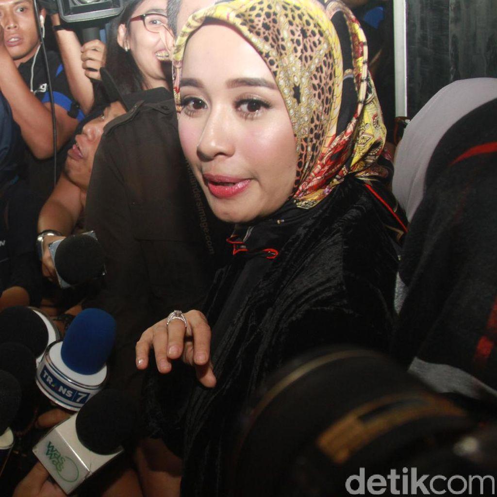 Dikabarkan akan Menikah Tahun Depan, Laudya Cynthia Bella Selalu Menghindar