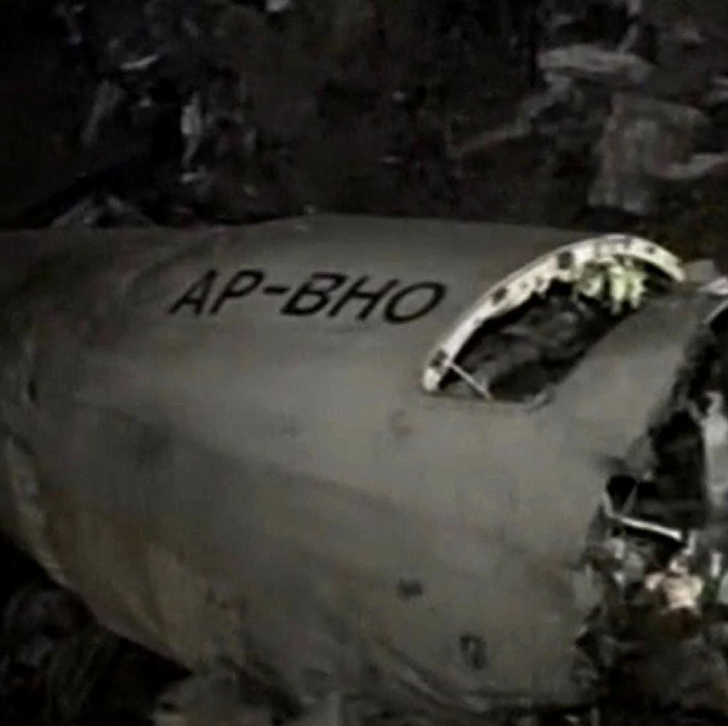 1 Mesin Mati, Penyebab Jatuhnya Pesawat Maskapai Pakistan Masih Diselidiki