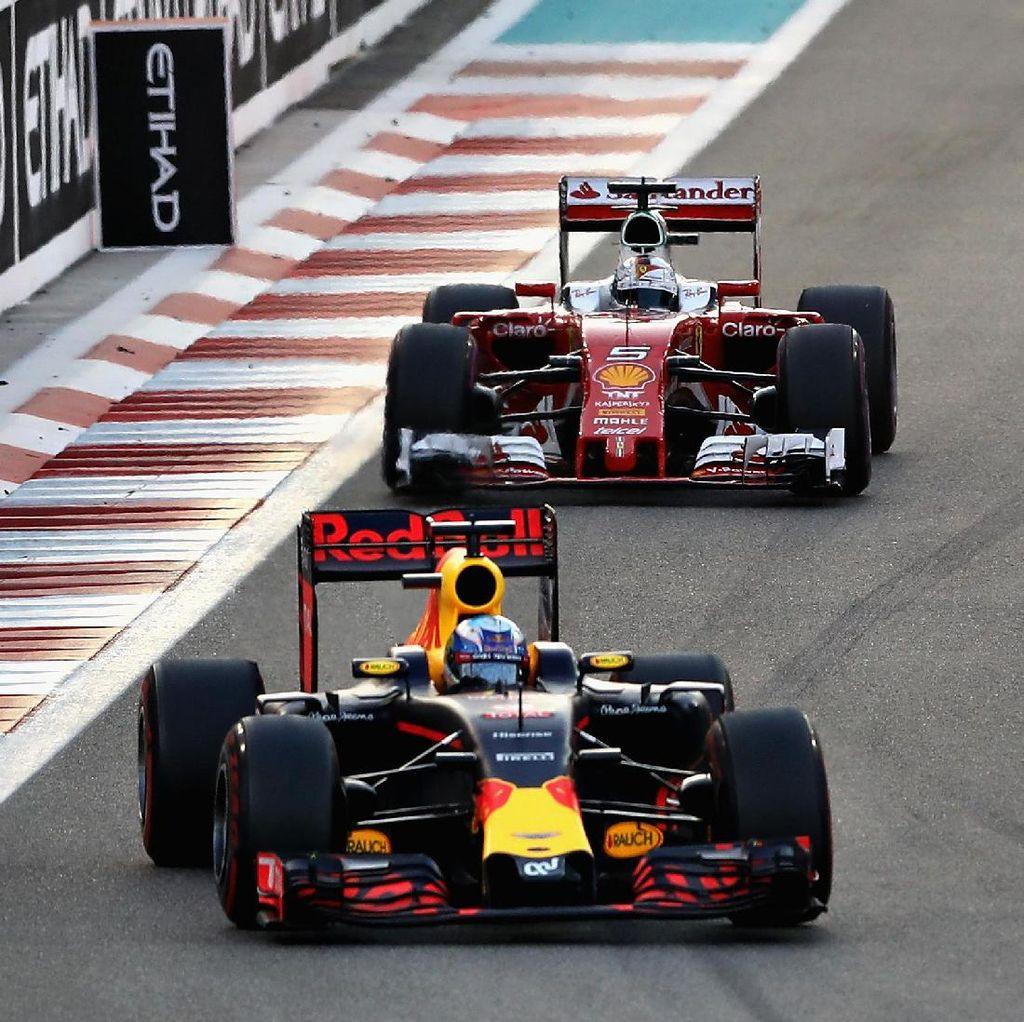 Vettel: Ferrari Seharusnya Finis di Atas Red Bull