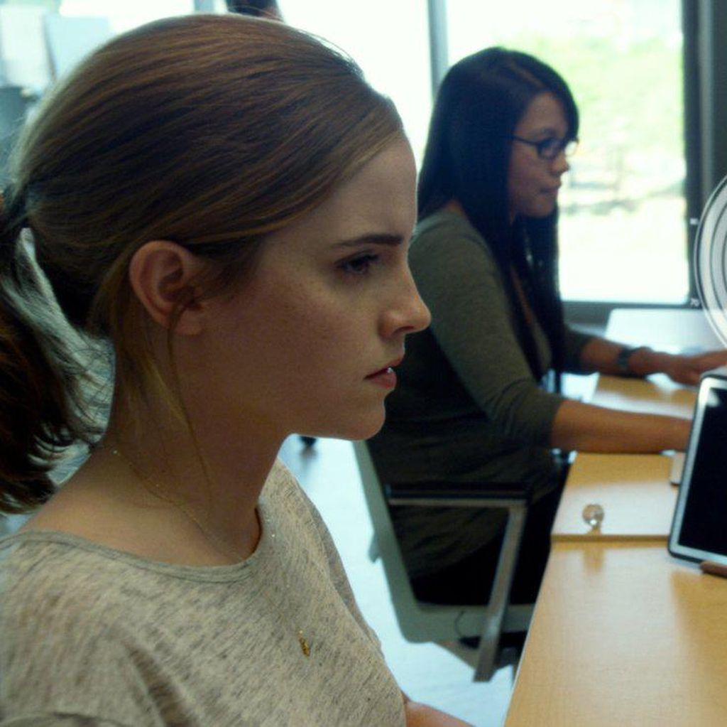 Emma Watson Temukan Sisi Gelap Internet di The Circle