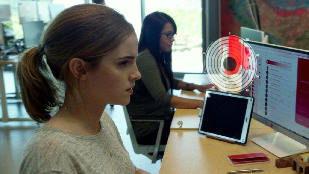 Emma Watson Temukan Sisi Gelap Internet di The Circle