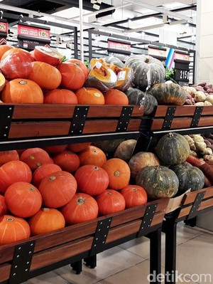 Sajian Natal Berkualitas dengan Beragam Buah Segar Premium di Transmart