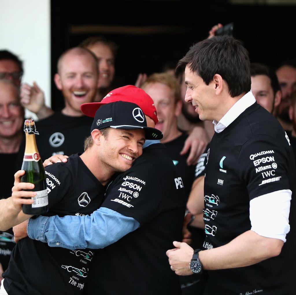 Terkait Pengganti Rosberg, Mercedes Siap Buat Keputusan Berani