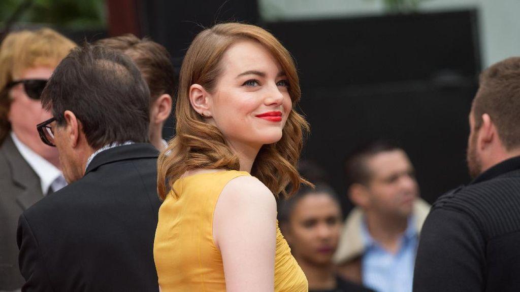 Emma Stone, yang Kembali Mempesona Lewat La La Land