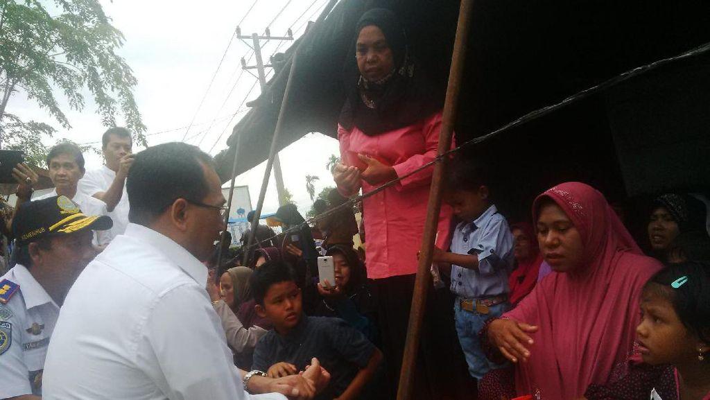 Sapa Korban Gempa Aceh, Menhub: Sabar Ya, Pemerintah akan Bantu